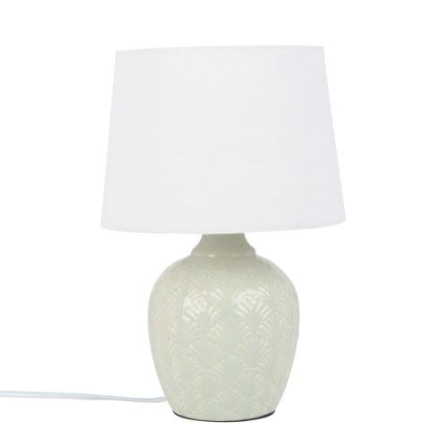 Lampada in ceramica verde scolpita con paralume bianco   Maisons du Monde