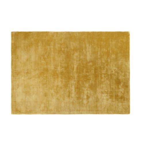 Mosterdgeel getuft tapijt 160x230