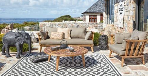 Outdoor-Teppich, weiß mit schwarzen Grafikmotiven 160x230