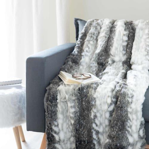 Plaid imitation fourrure grise 9x9  Maisons du Monde