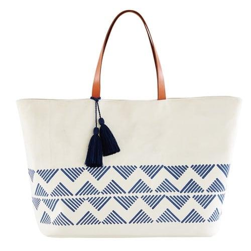 Sac de plage en coton écru motifs graphiques bleus