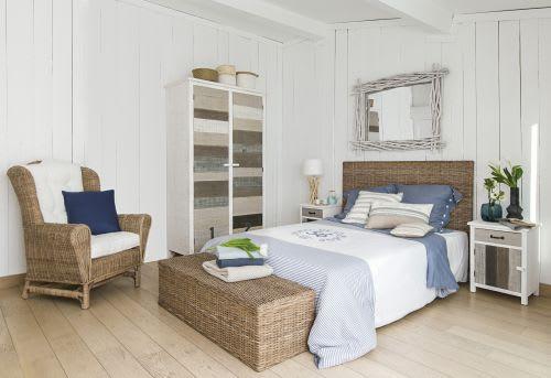 Bed 140 Cm.Solid Mahogany And Kubu Rattan Headboard W 140cm