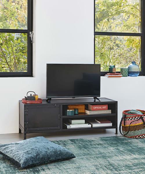Tv Mobel Im Industrial Stil Mit 1 Tur Aus Schwarzem Metall Edison Maisons Du Monde