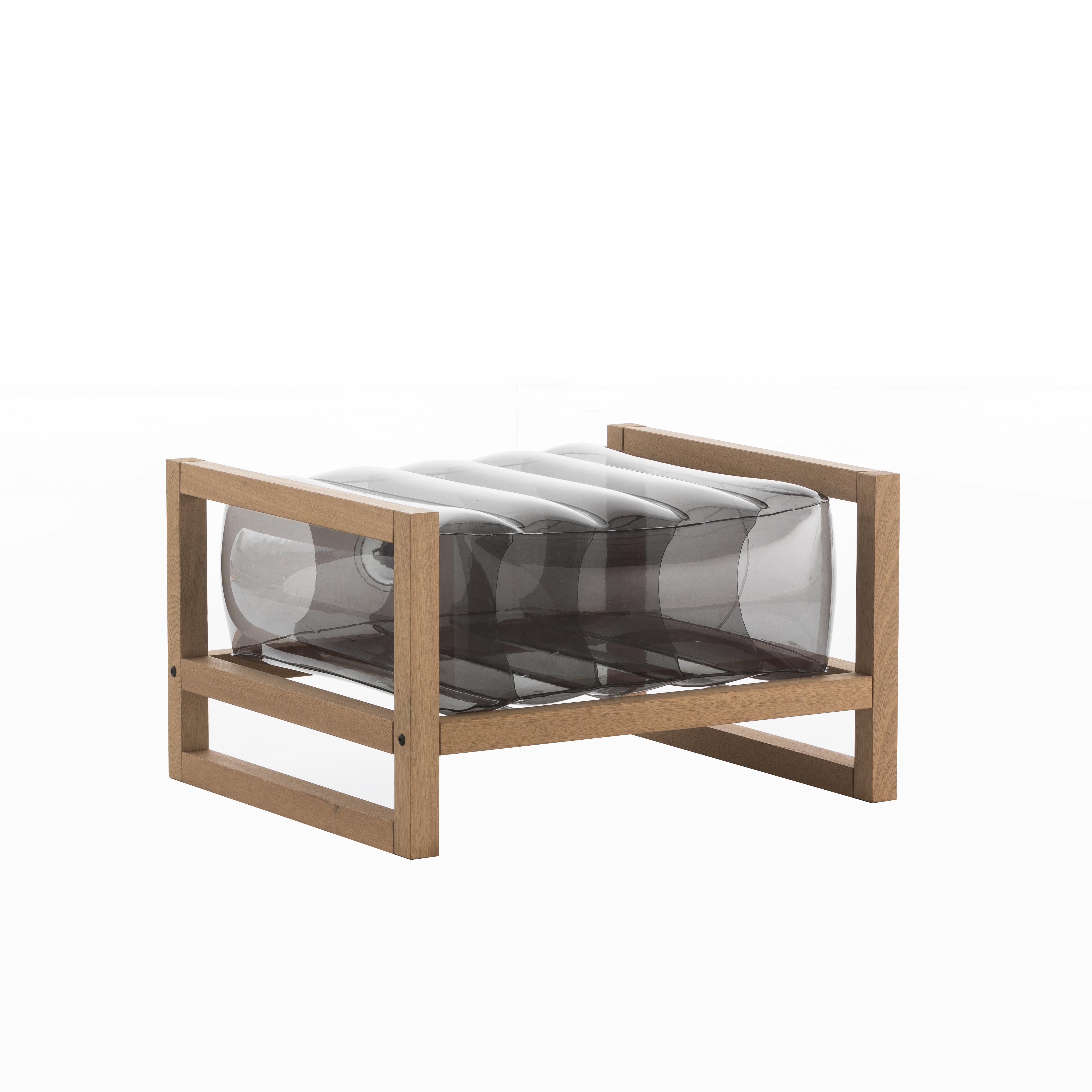 Pouf pvc noir cadre en bois