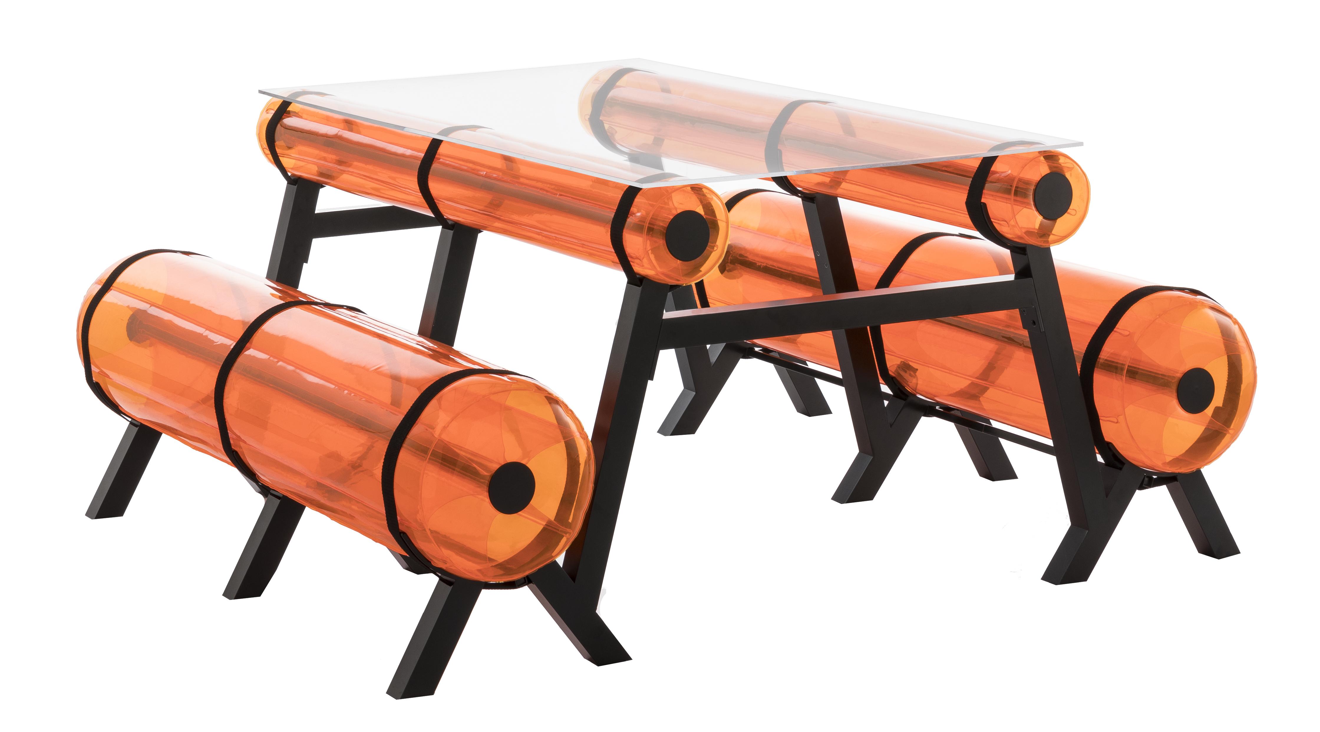 Table orange L150 intérieur ou extérieur