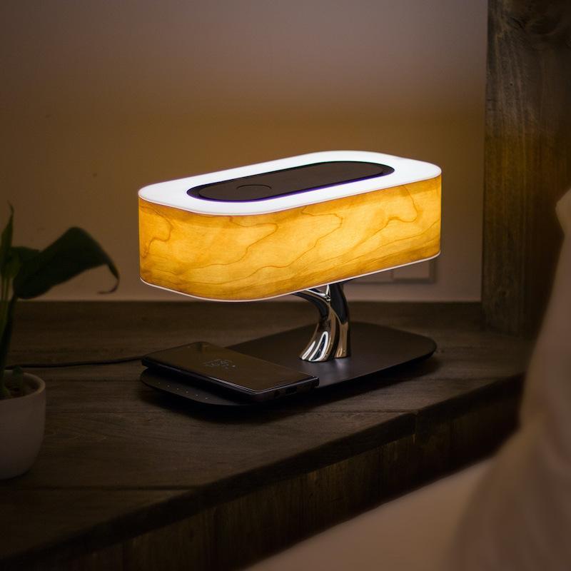 Lampe de chevet avec abat-jour bois