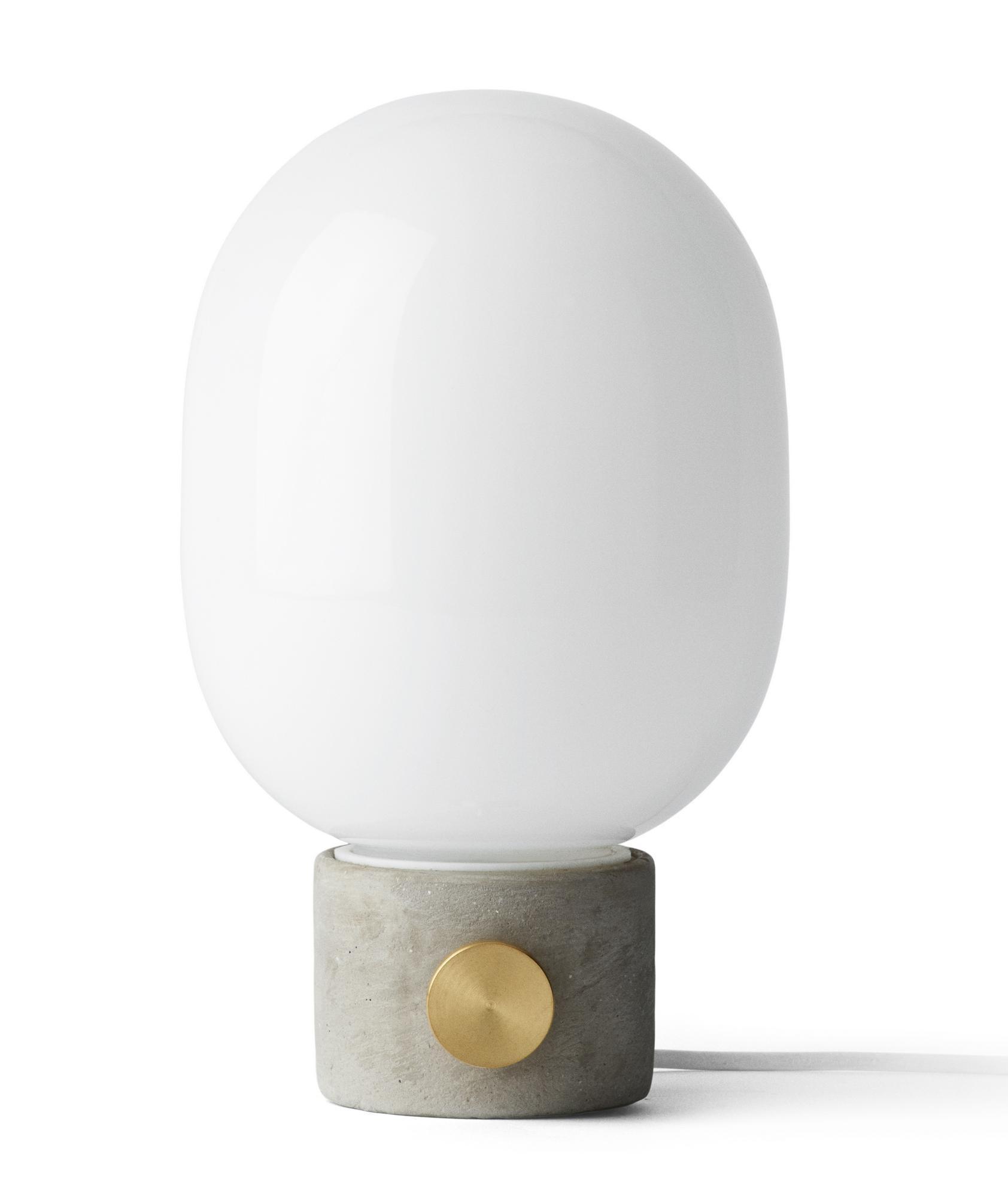 Lampe de table béton et verre opale