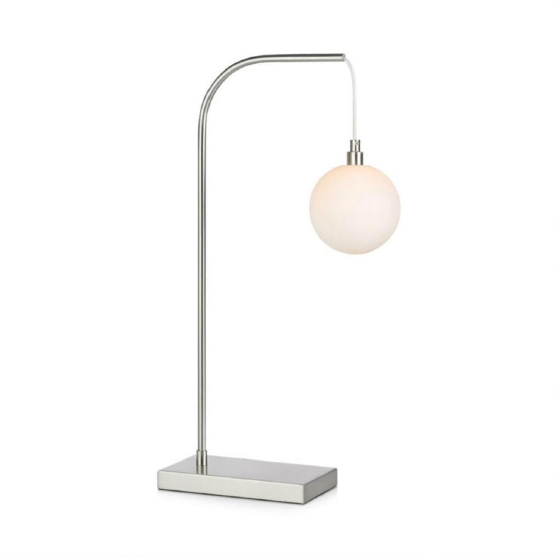 Lampe à poser métal argent/verre opalin H60cm