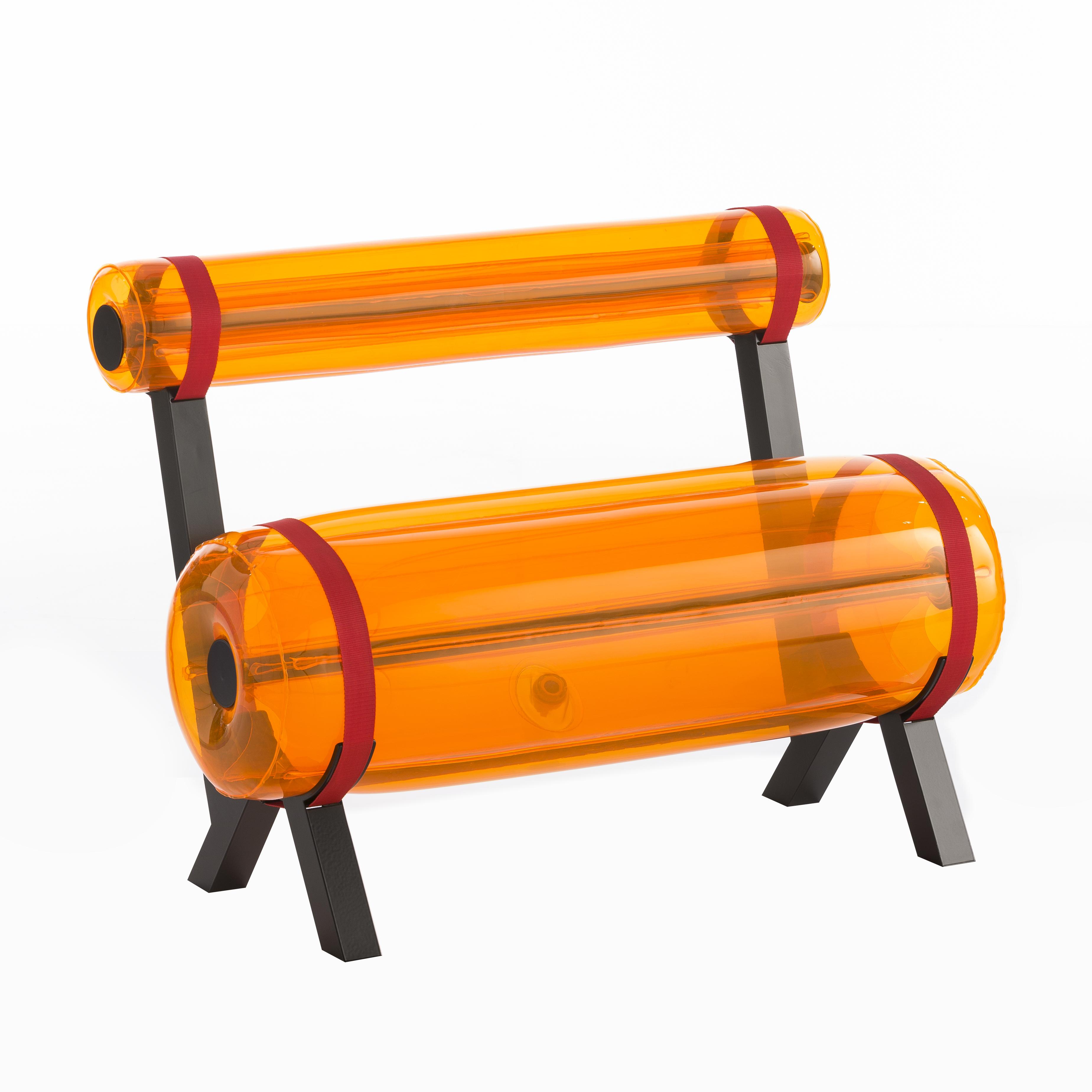 Banc orange pieds en aluminium L100