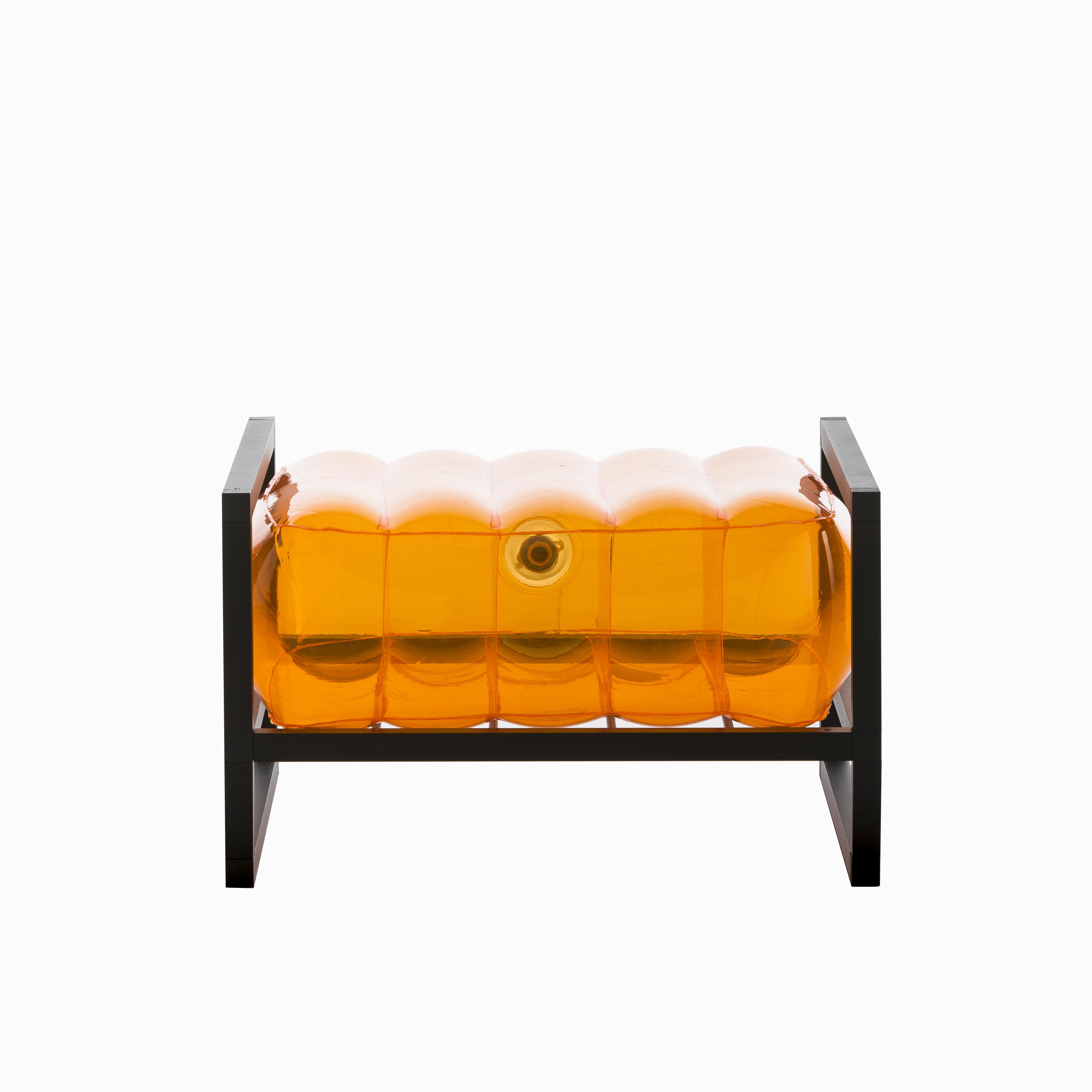 Pouf pvc orange cadre en aluminium
