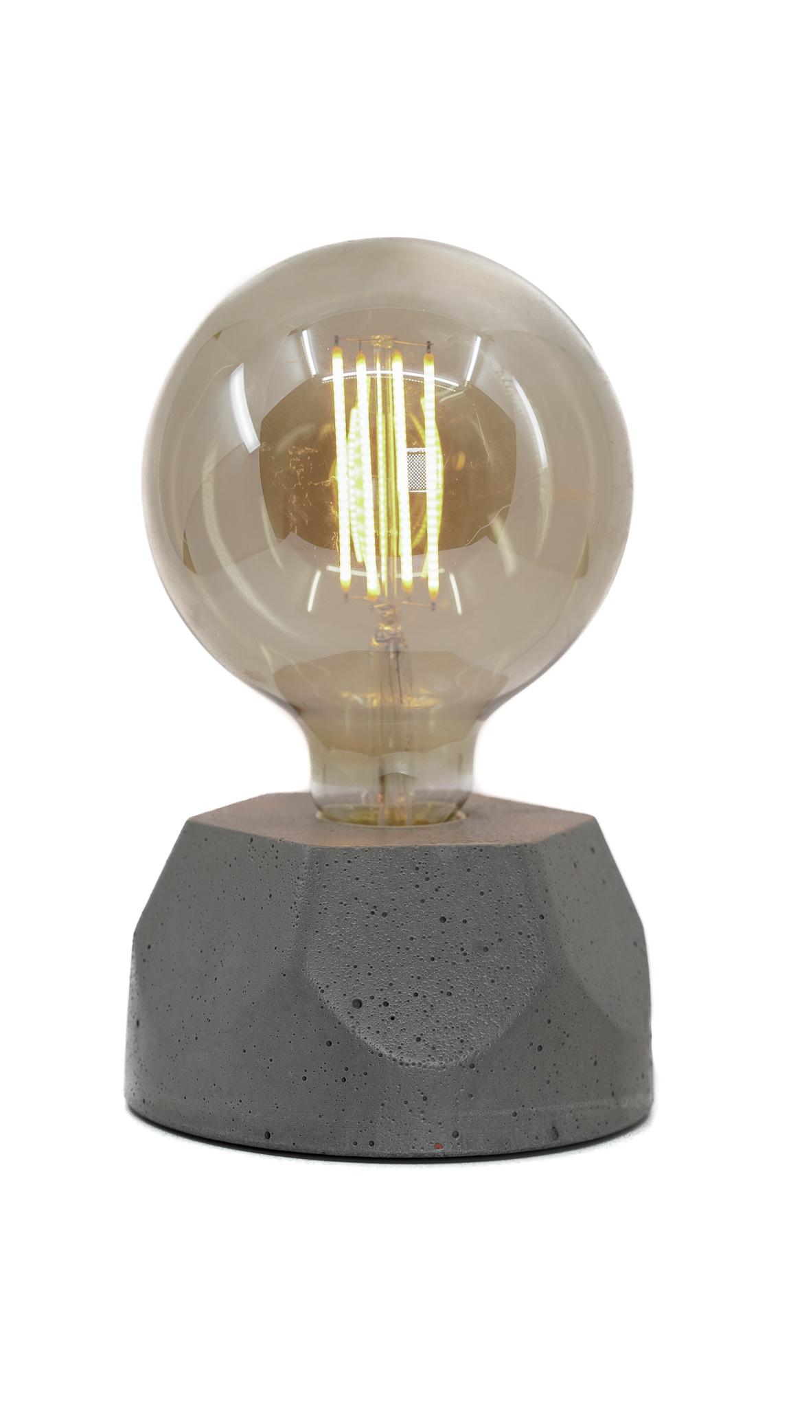 Lampe hexagone en béton gris fabrication artisanale