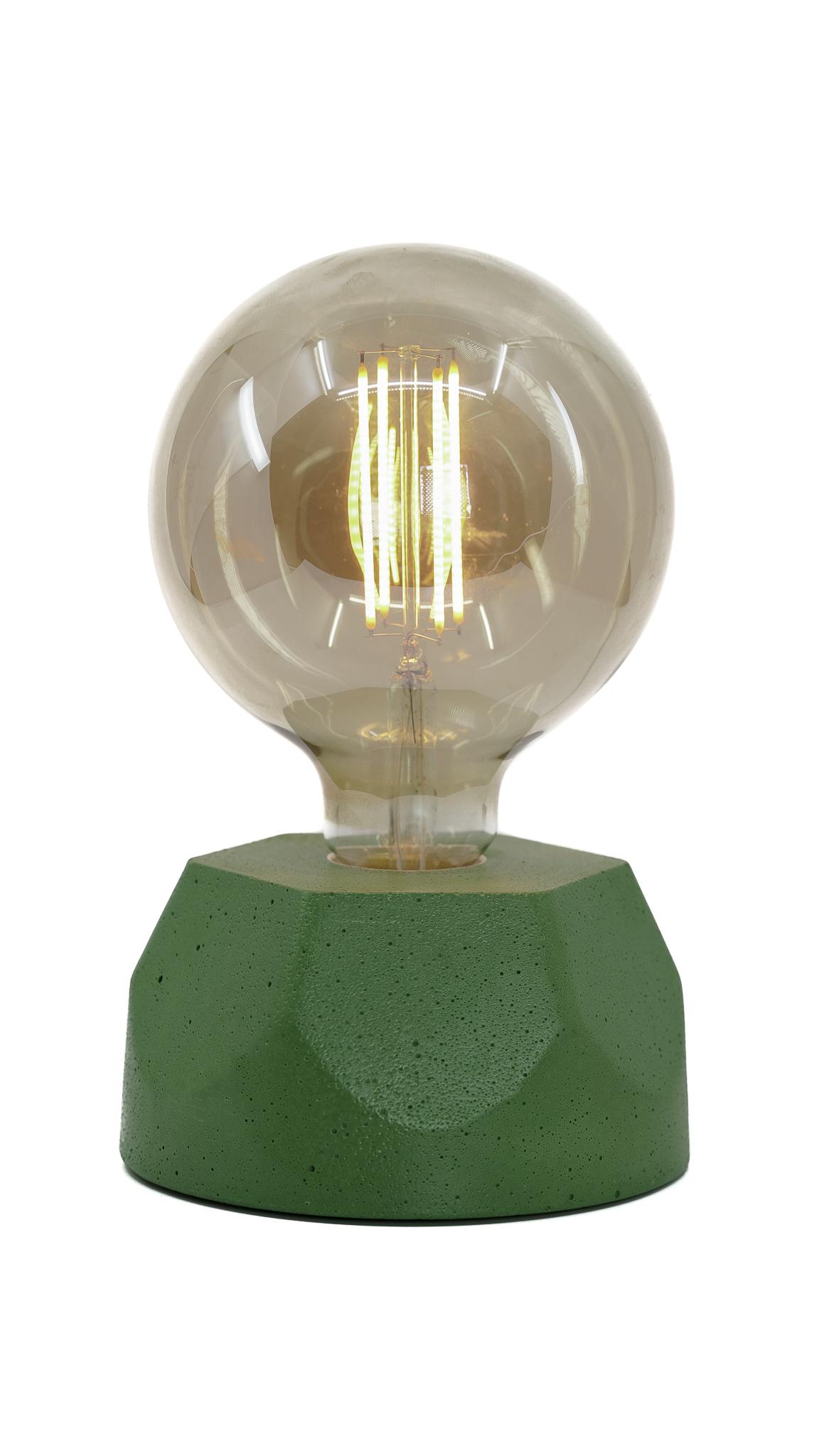 Lampe hexagone en béton vert fabrication artisanale