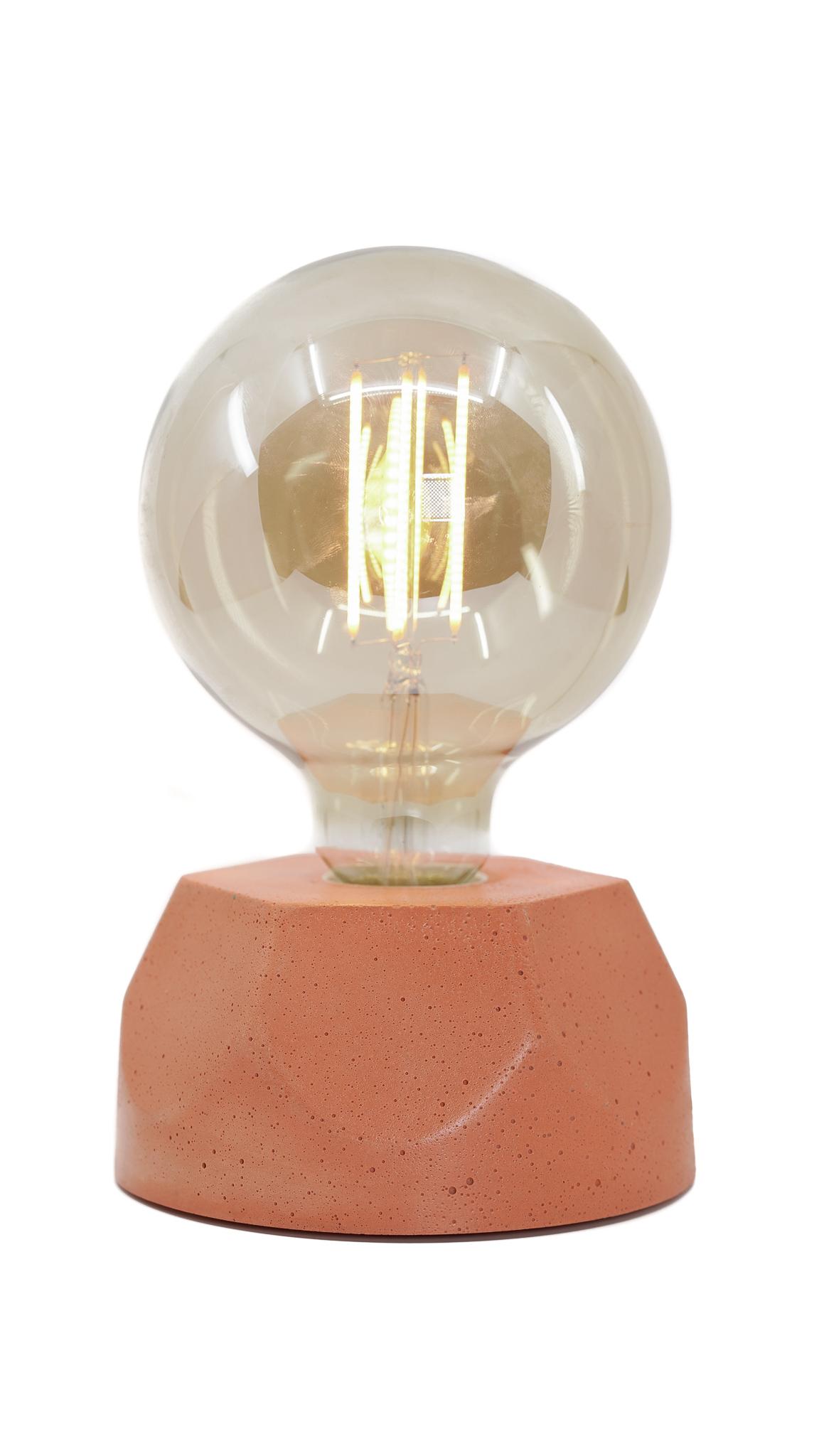 Lampe hexagone en béton orange fabrication artisanale