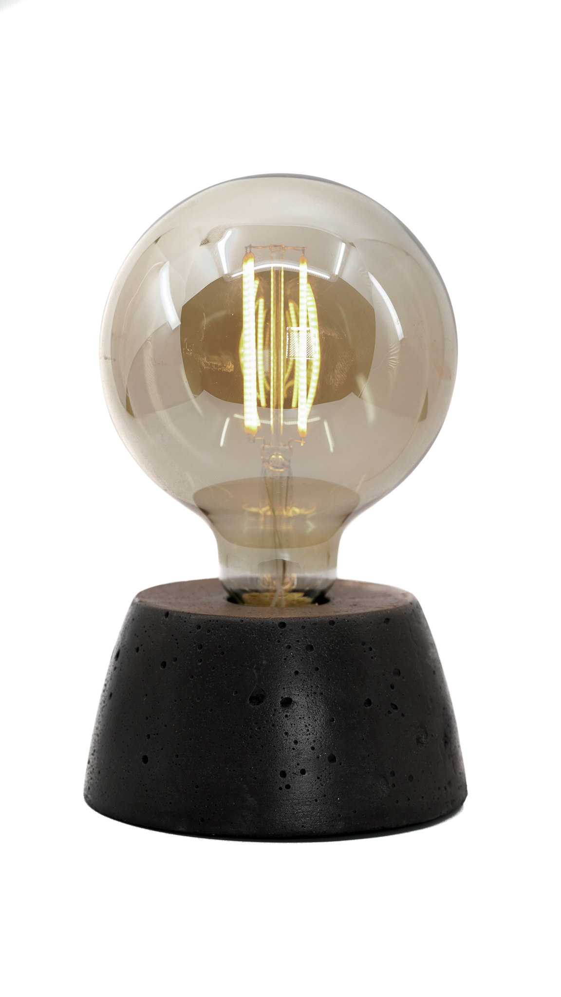 Lampe dôme en béton anthracite fabrication artisanale