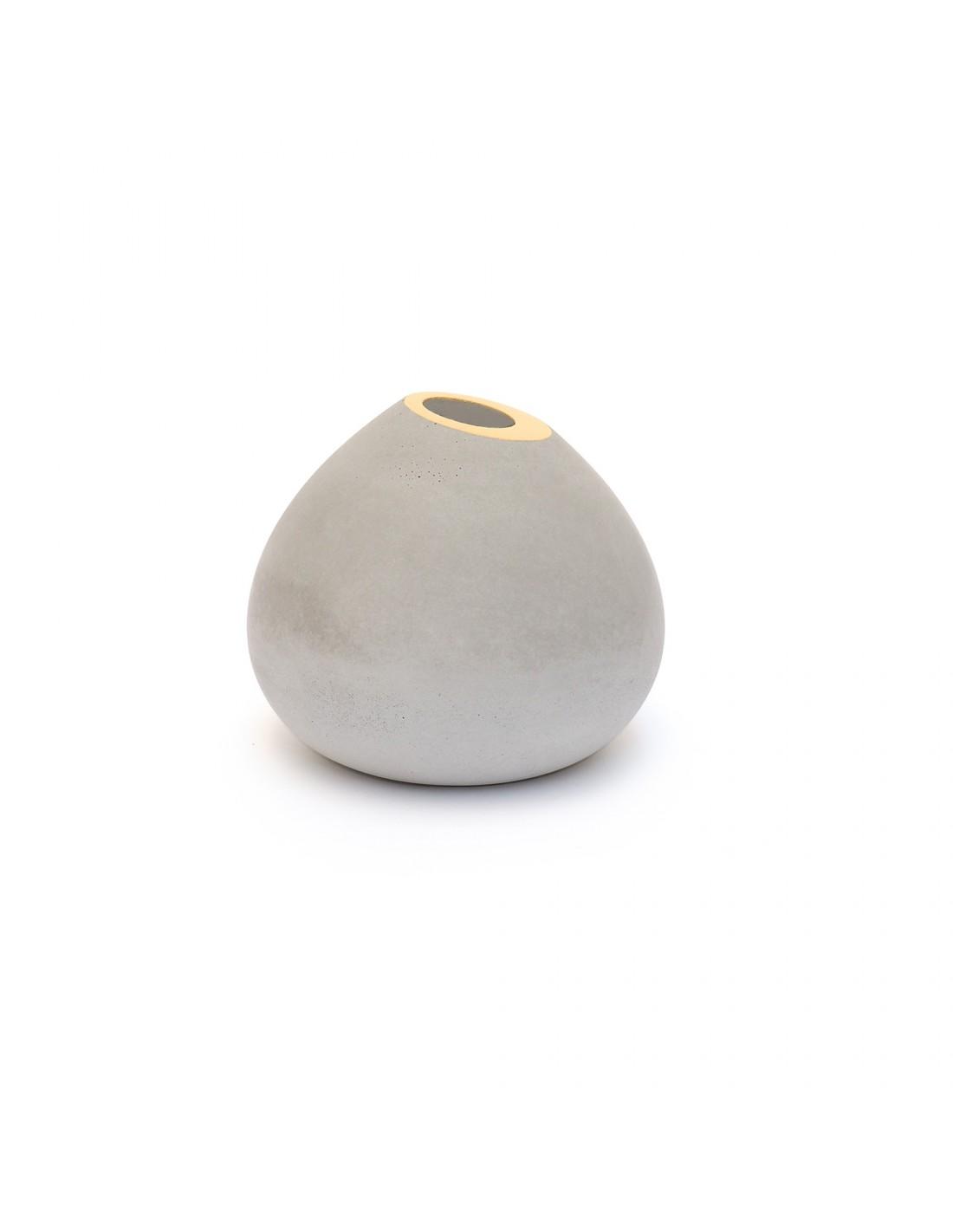 Soliflore en béton cream gold
