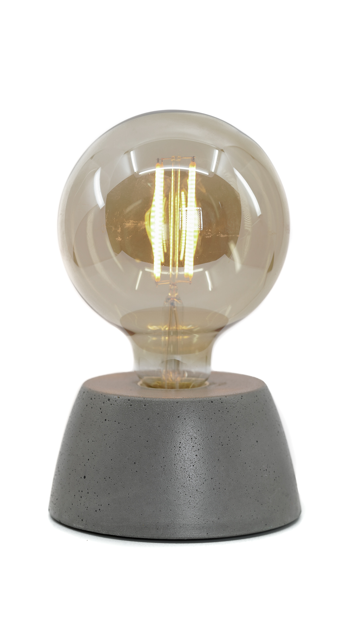 Lampe dôme en béton gris fabrication artisanale