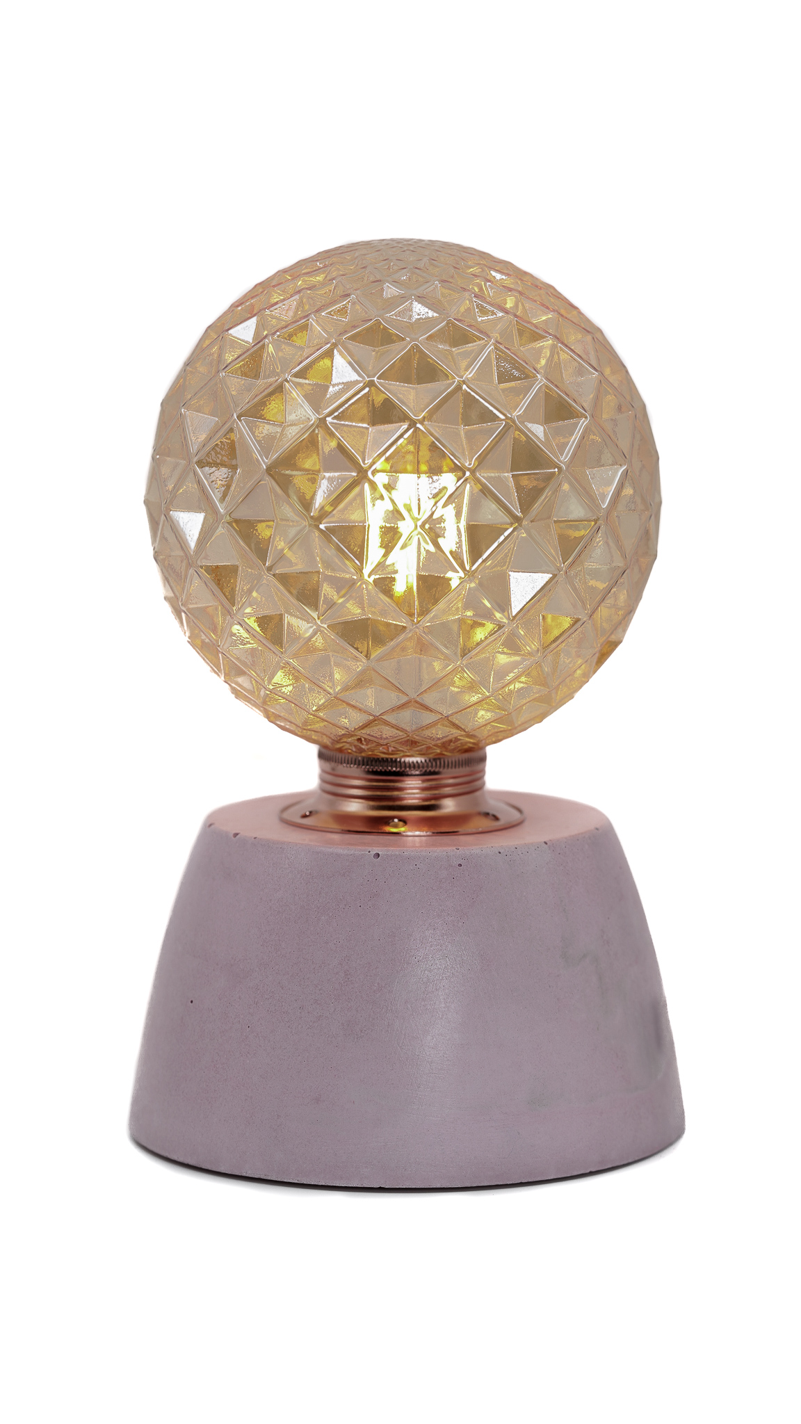 Lampe dôme diamant béton rose fabrication artisanale
