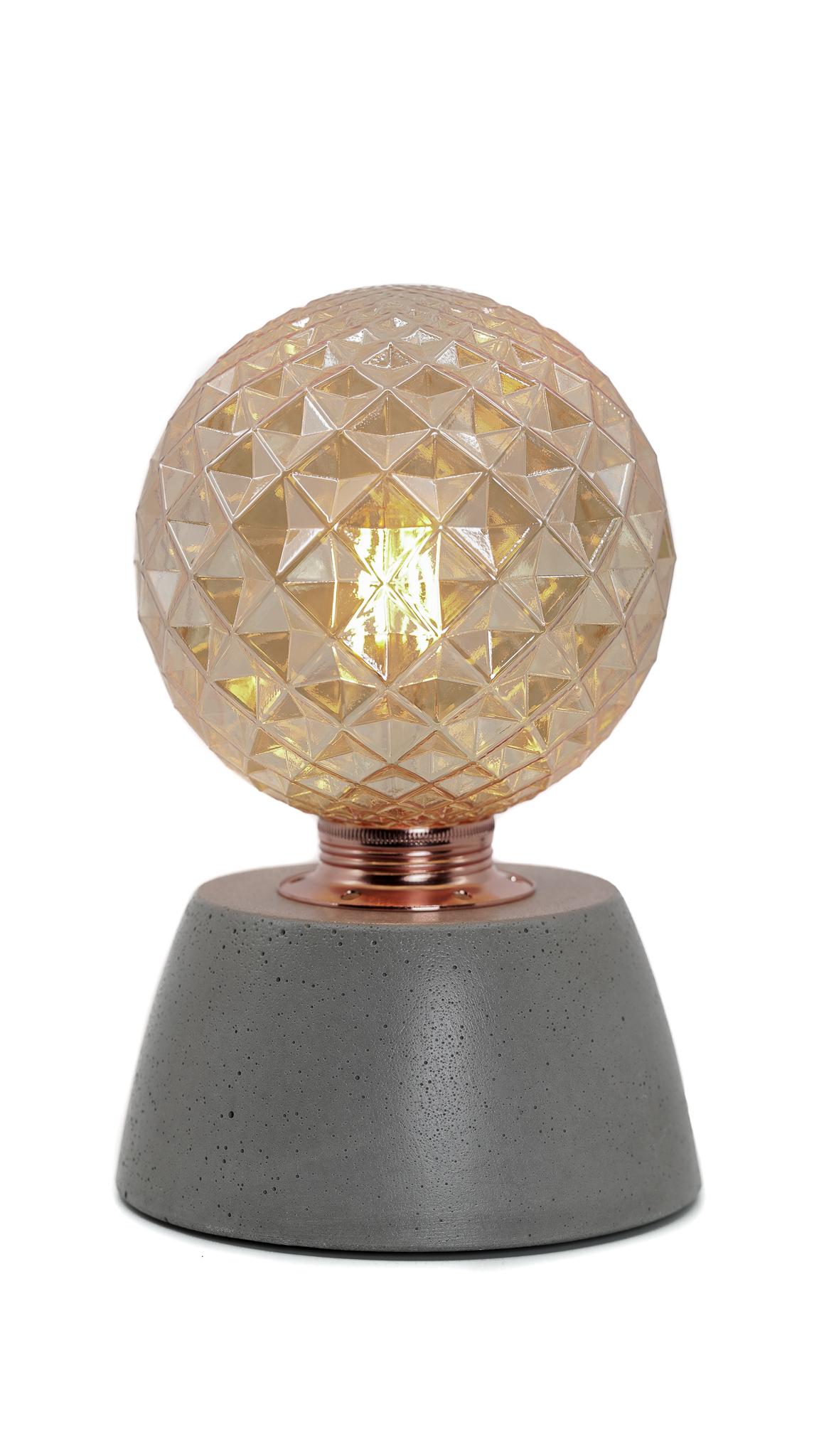 Lampe dôme diamant béton gris fabrication artisanale