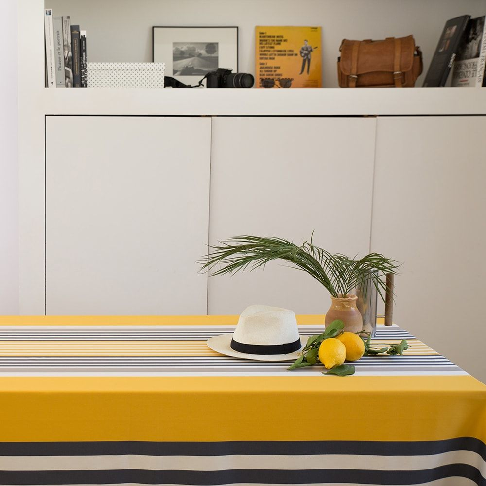 Nappe jaune 180x180