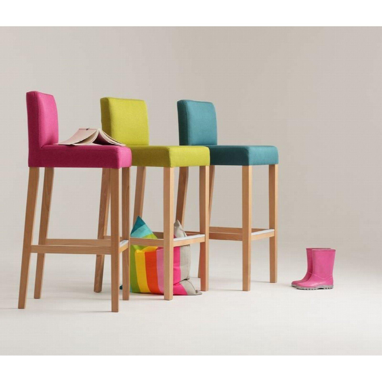 Chaise de bar tissu rembourrée violet pieds bois massif clair