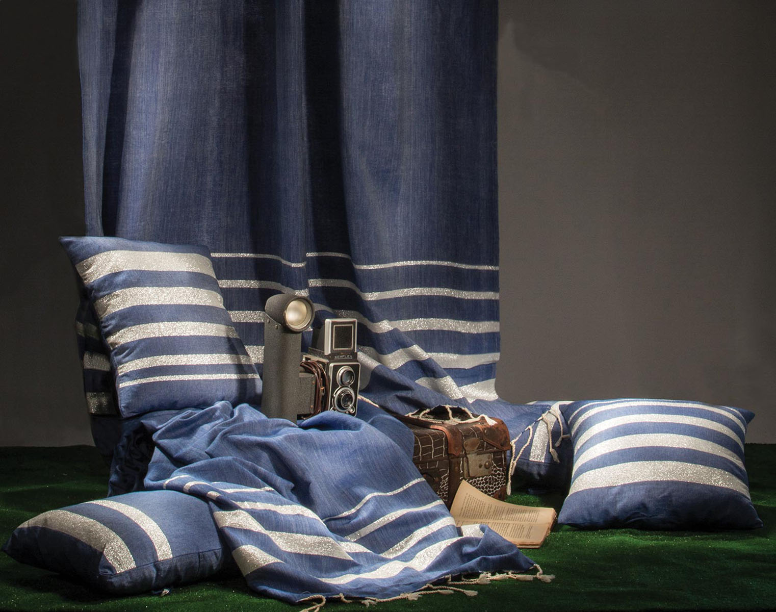 ISTANBUL - Rideau ajustable coton bleu et lurex argent 140 x 210 à 240