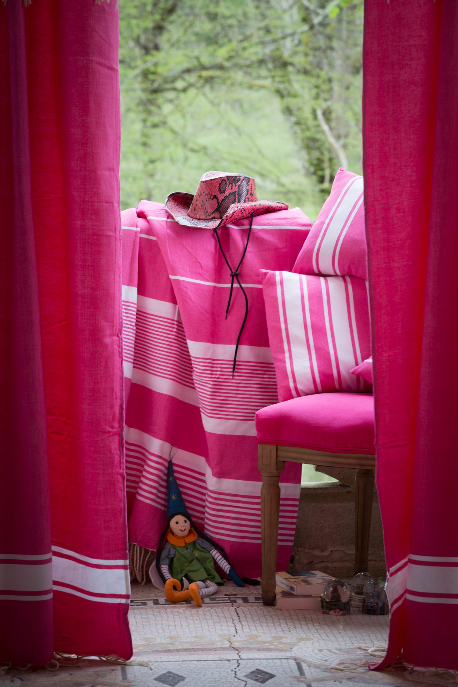 CASABLANCA - Rideau ajustable coton fushia et blanc 140 x 210 à 240