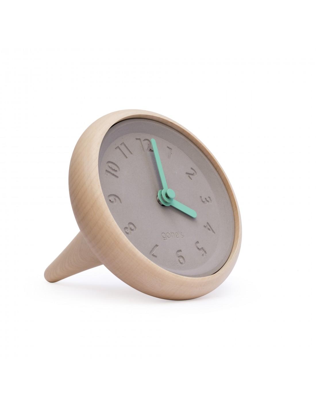 Horloge de table en bois et béton