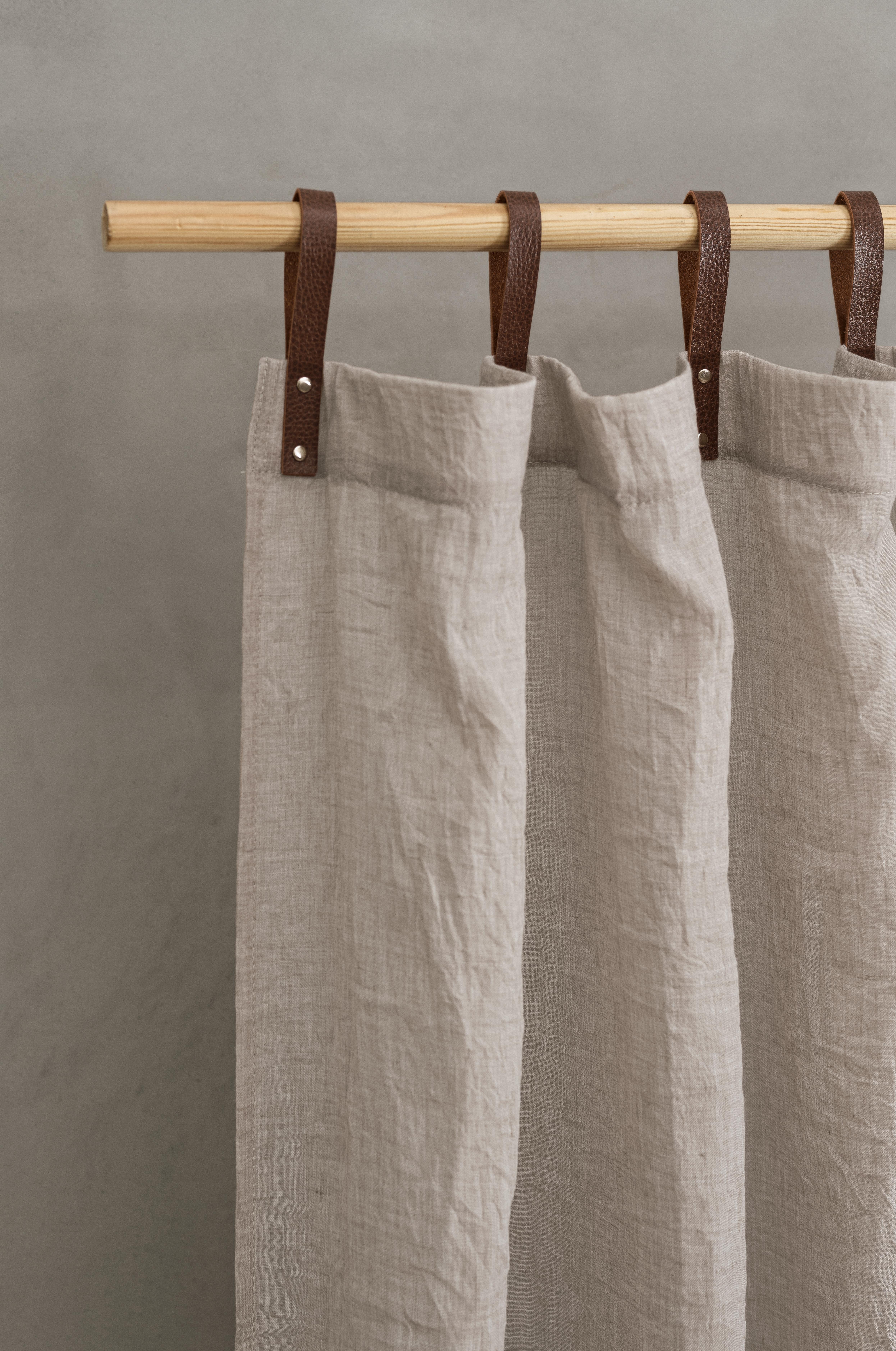 Panneau voilage avec pattes aspect cuir taupe 245 x 135