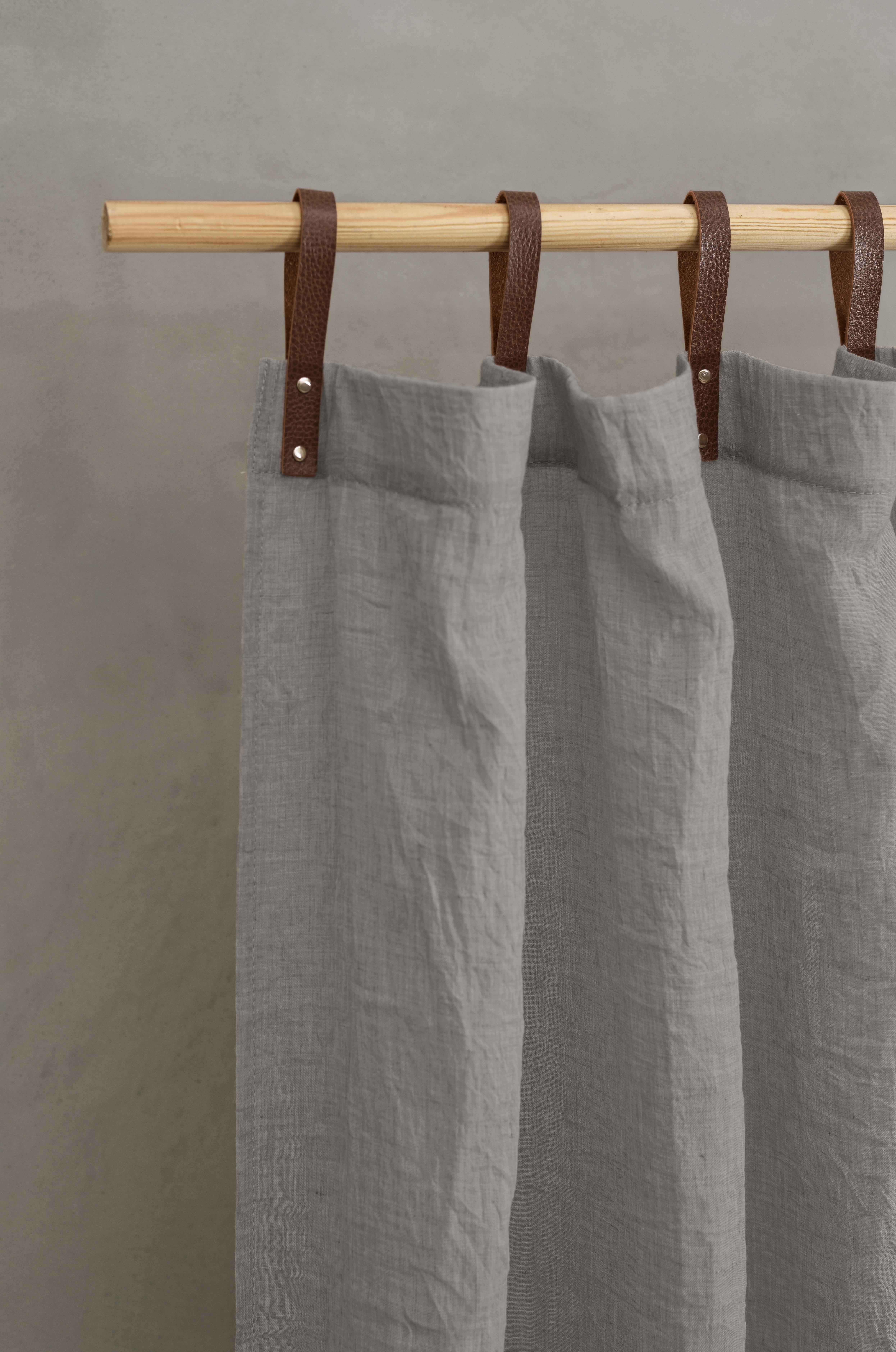 Panneau voilage finition pattes aspect cuir gris clair 245 x 135