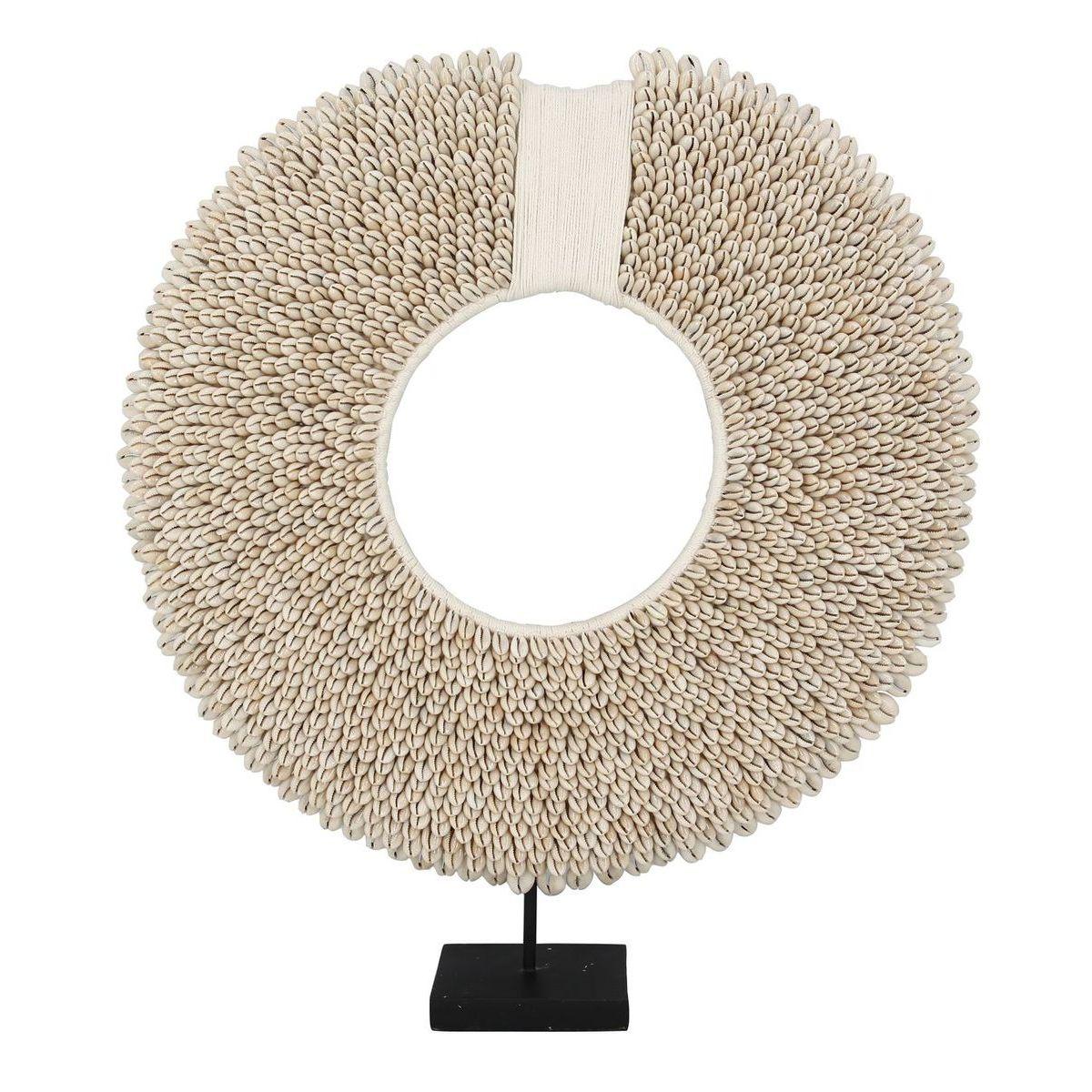 Collier décoratif en coquillage