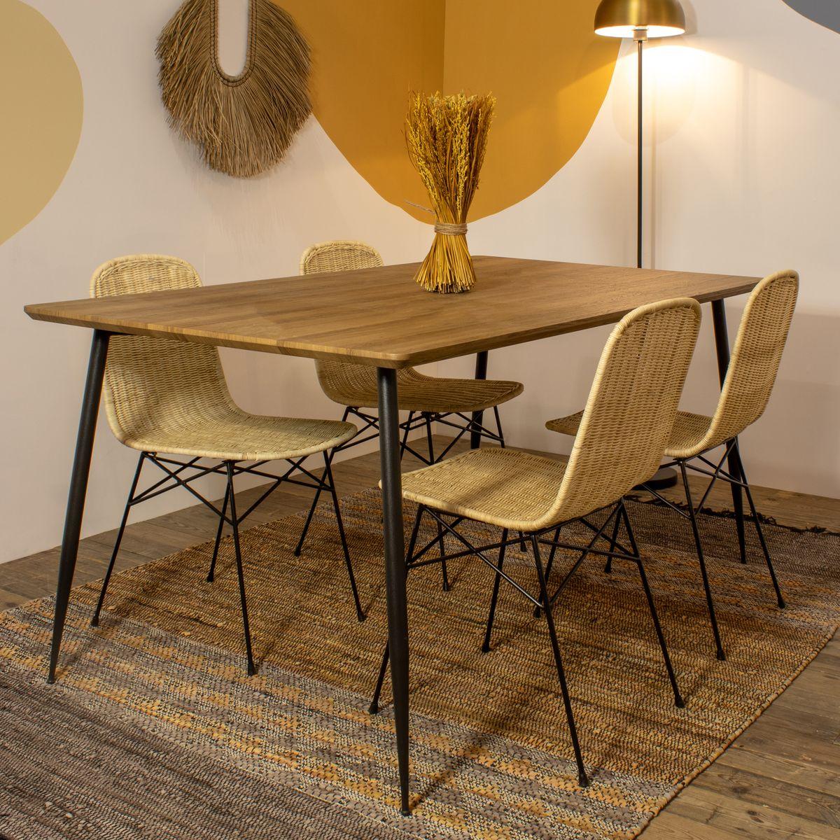 Table à manger finition bois 160cm