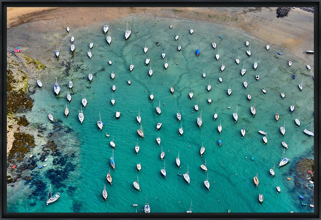 BATEAUX AU MOUILLAGE - Photo encadrée de Christophe Huchet 90x60 cm