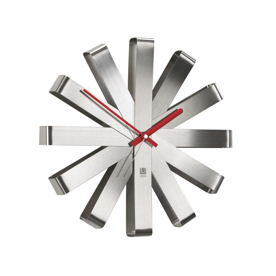 Horloge murale silencieuse en métal coloris nickel D30