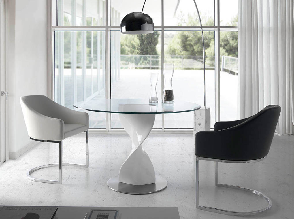 Table à manger en verre trempé D130