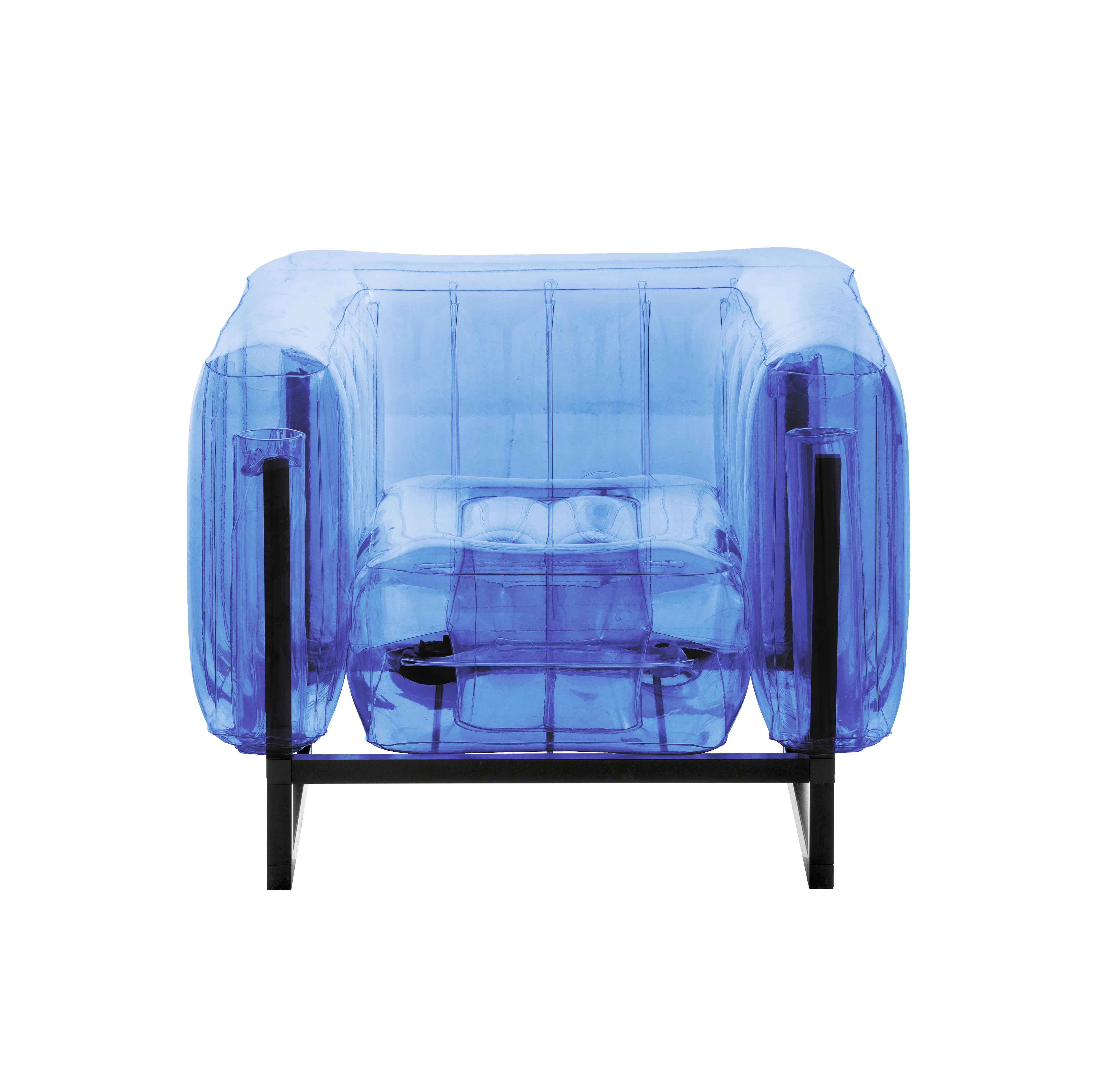 Fauteuil cadre aluminium noir assise tpu bleu