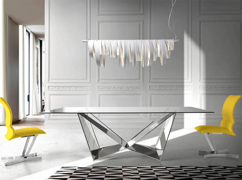Table rectangulaire  plateau en verre trempé et pieds en acier L240