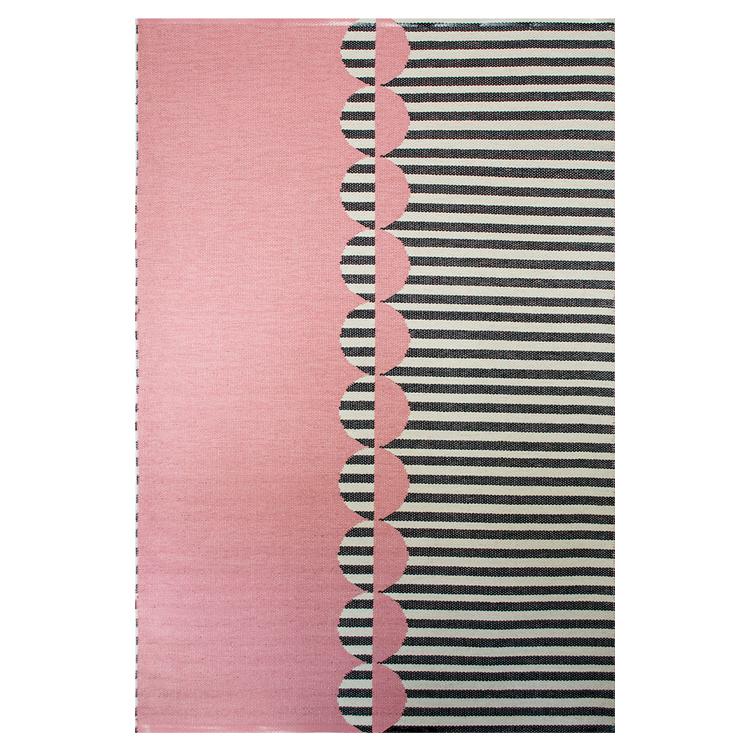 Tapis en PVC tressé rose et noir 140x200 cm