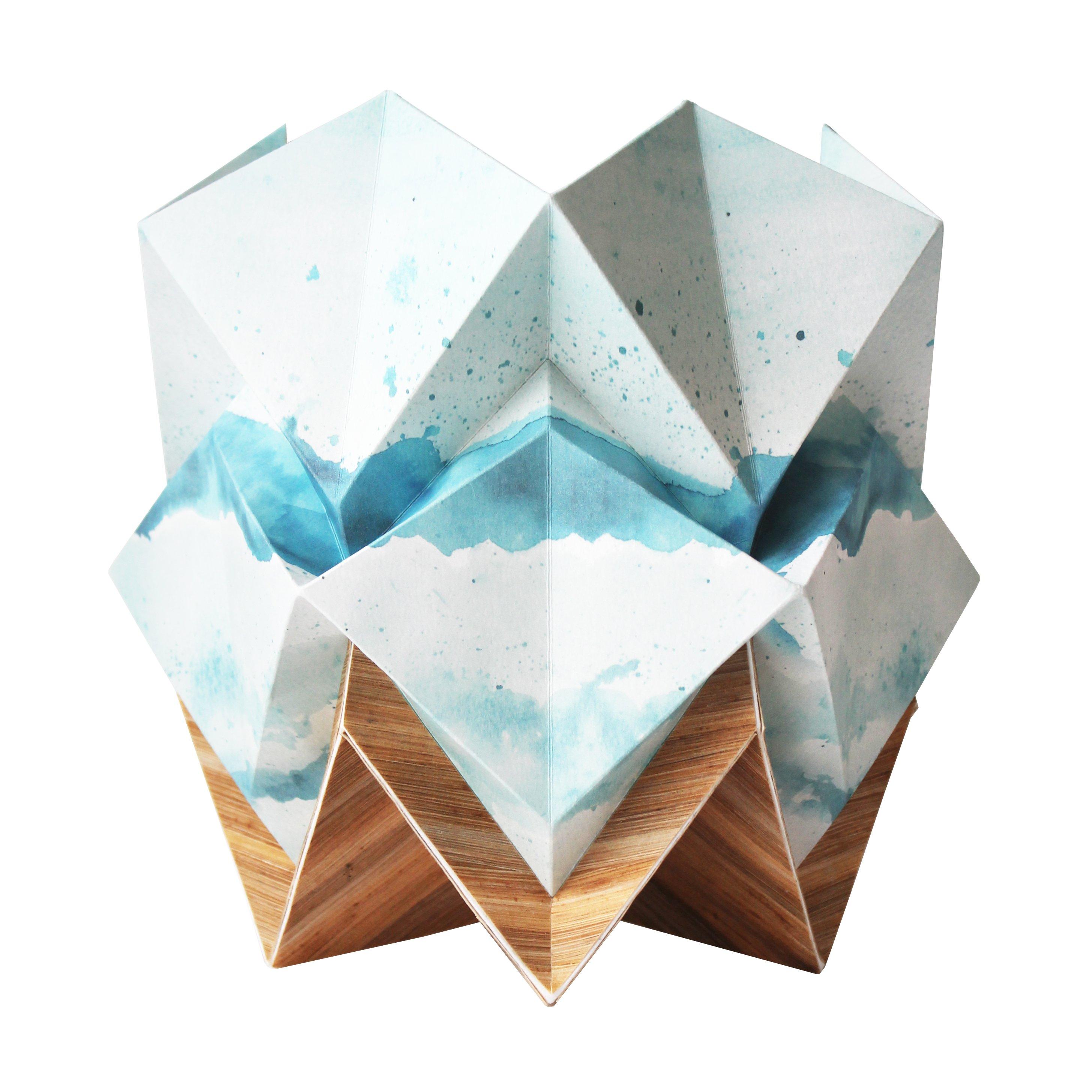Lampe de table origami ecowood et papier motif été taille S