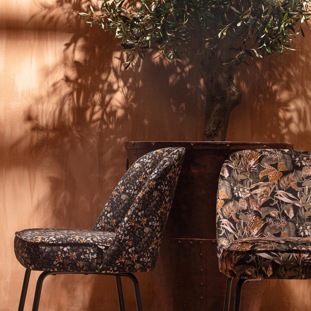 2 chaises design en velours noir  et  or