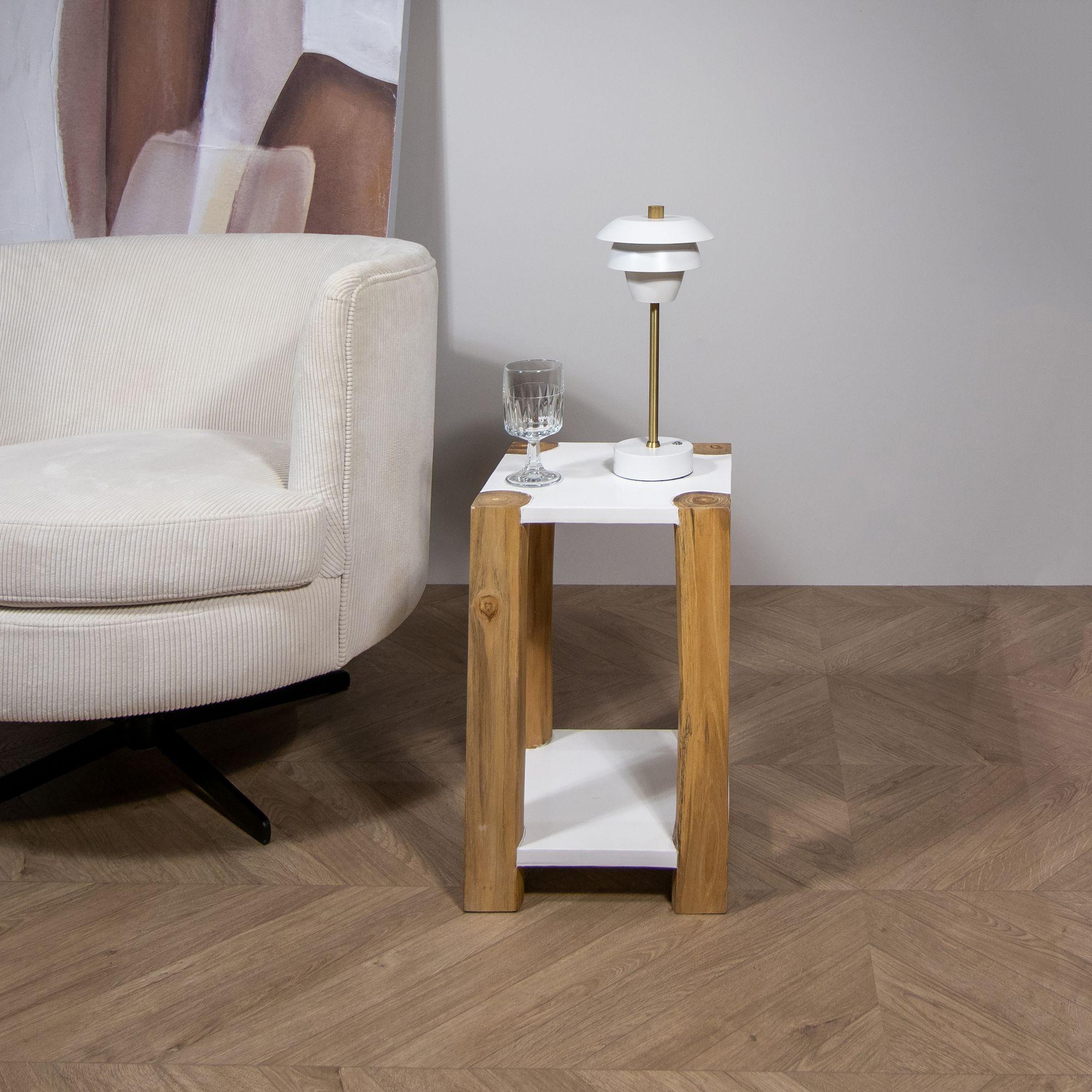 Bout de canapé en bois de teck blanc H45