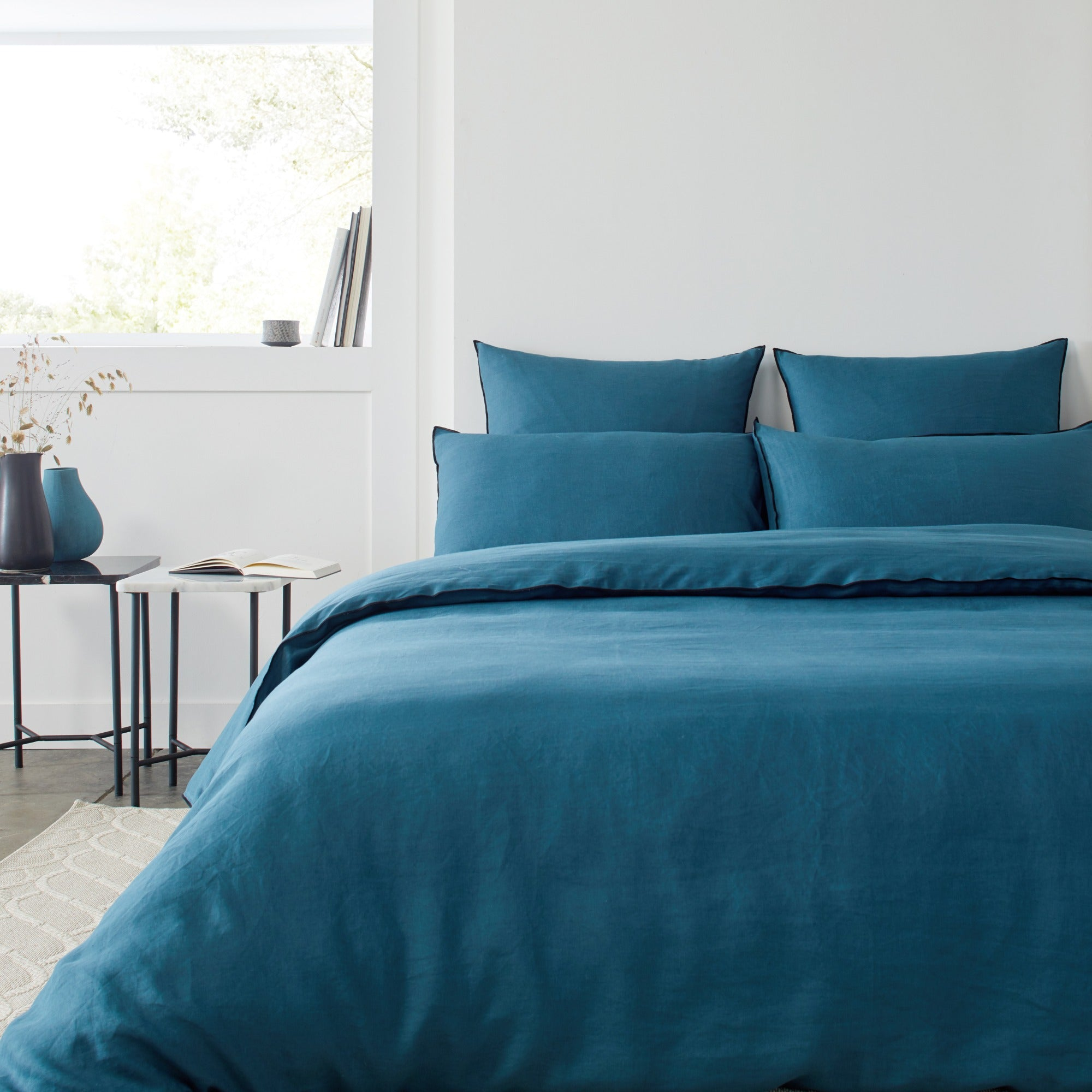 Housse de couette 140x200 cm Bleu vert et bourdon noir