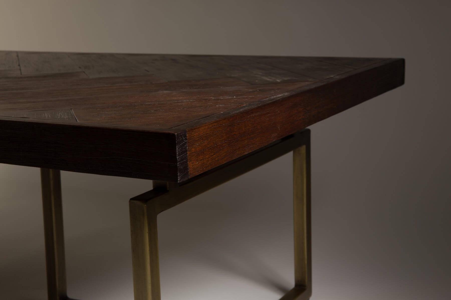 Table basse de salon bois et laiton