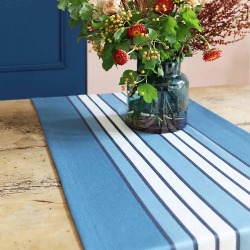Chemin de table bleu 50x155