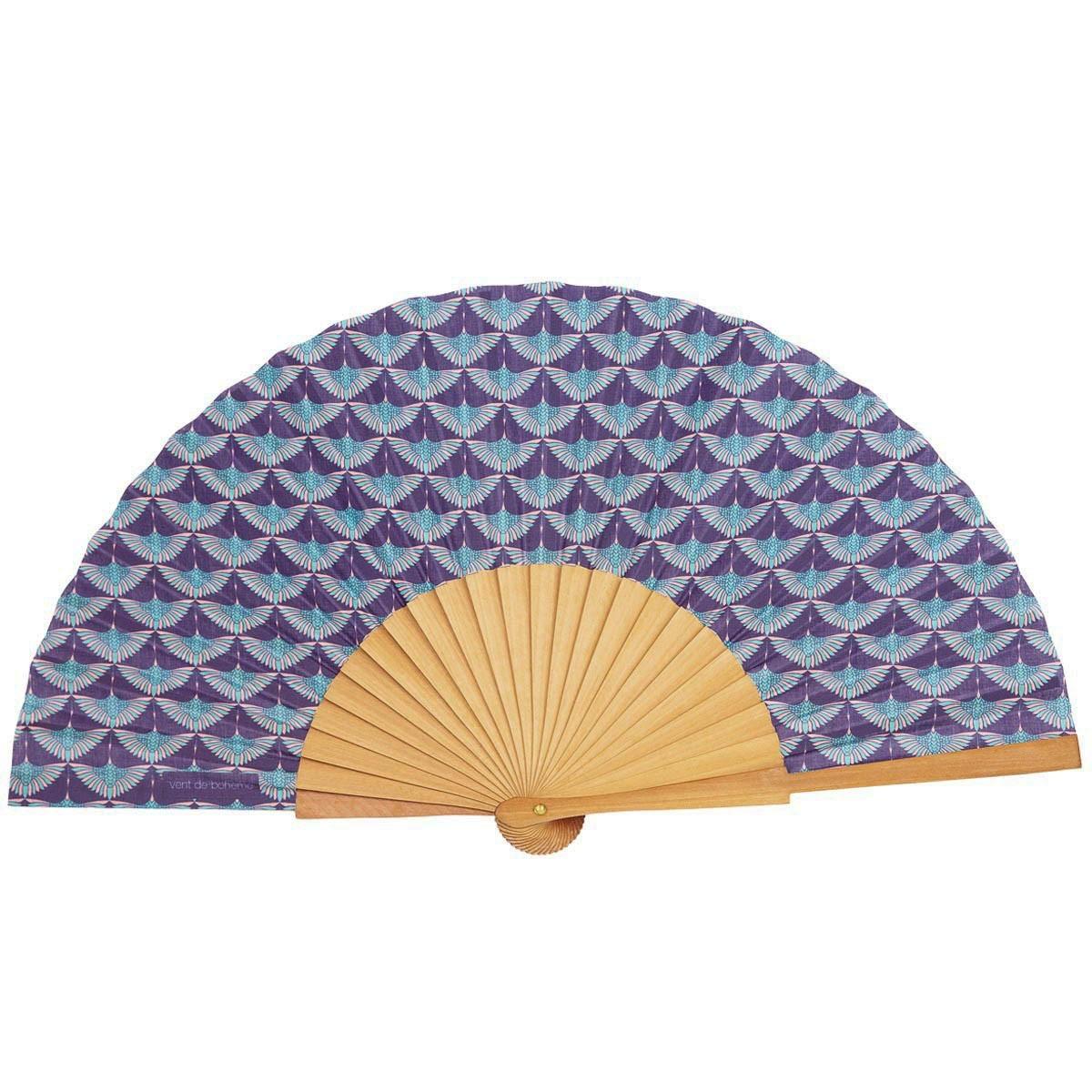 Éventail en bois de merisier et coton imprimé bleu
