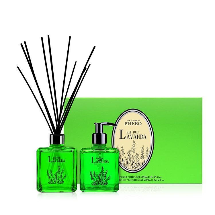 Coffret avec un diffuseur et savon liquide parfum lavande