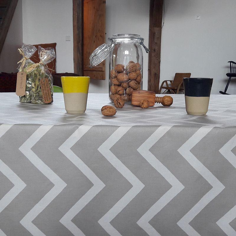 Nappe enduite carrée 120 x 120 cm blanc