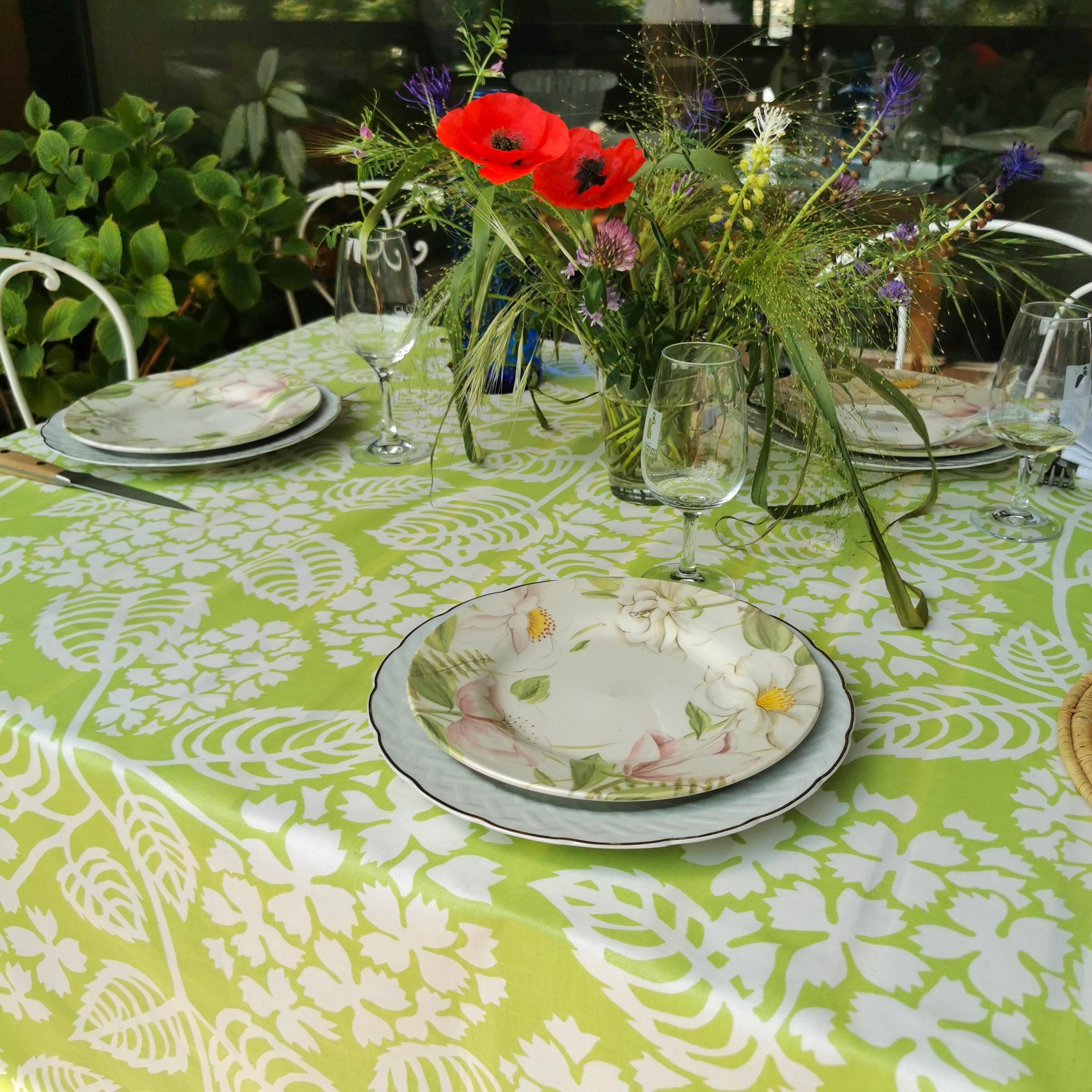 Nappe enduite rectangle 160 x 300 cm vert