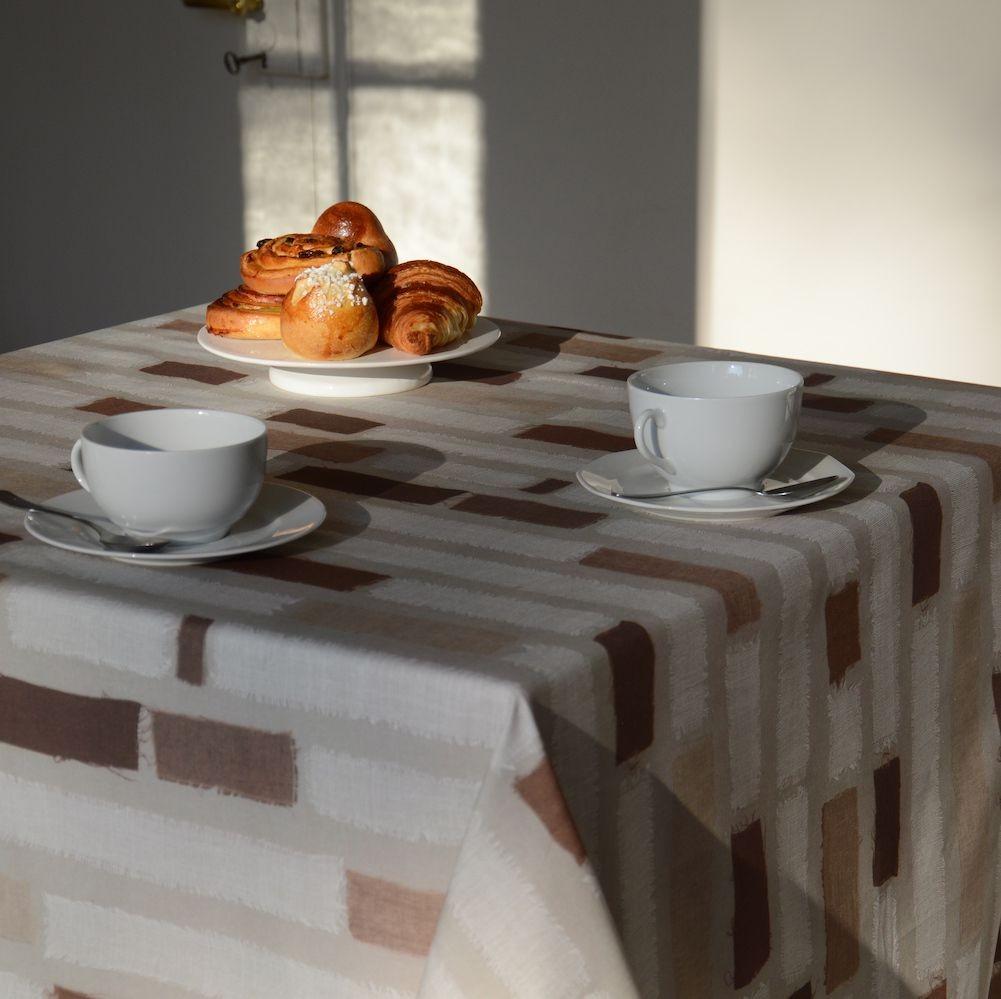 Nappe enduite carrée 160 x 160 cm chocolat