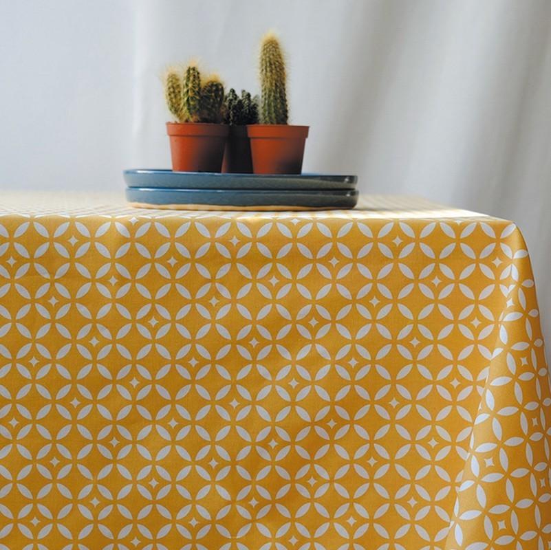 Nappe enduite carrée 160 x 160 cm jaune
