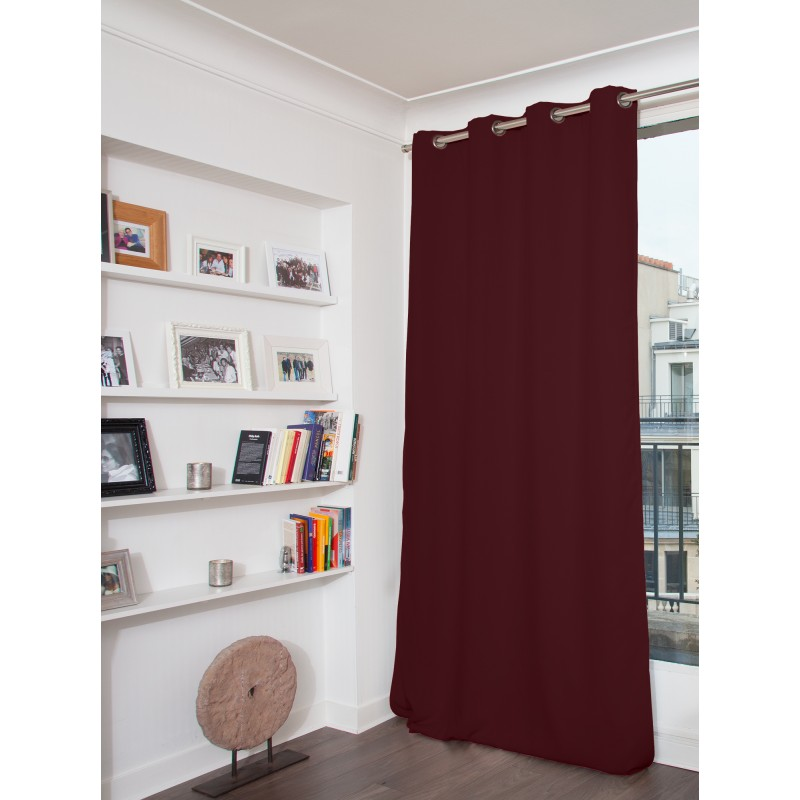 Rideau occultant total rouge 135 x 260